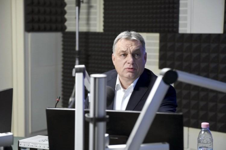 Orbán szerint egy centire voltak a kilépéstől