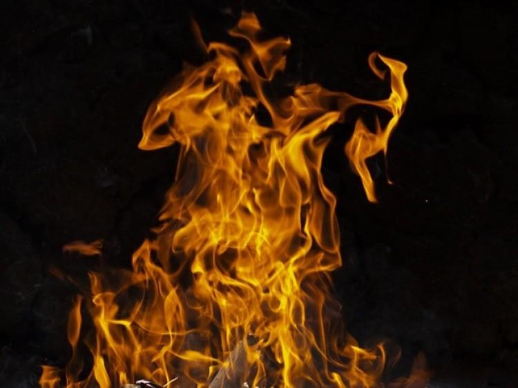 Családi ház lángolt Hajdúsámsonban
