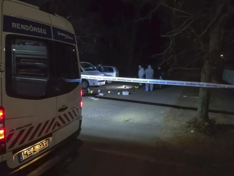 Lövések, rablás, rohammentő Debrecenben