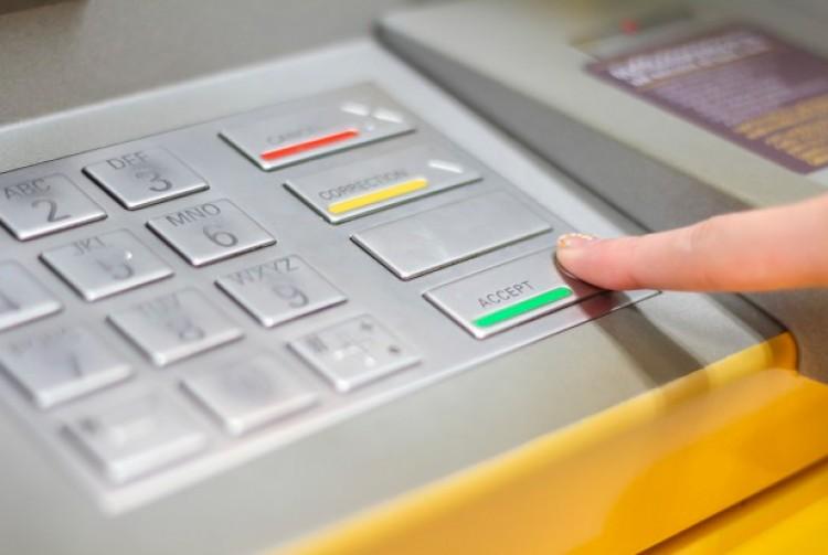 Egymilliót felejtettek egy hajdúszoboszlói ATM nyílásában
