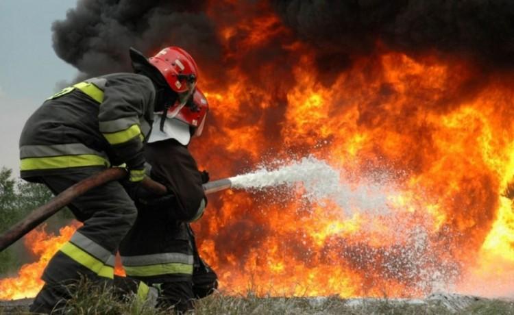 Száraz avar égett Debrecenben és Hajdúböszörményben