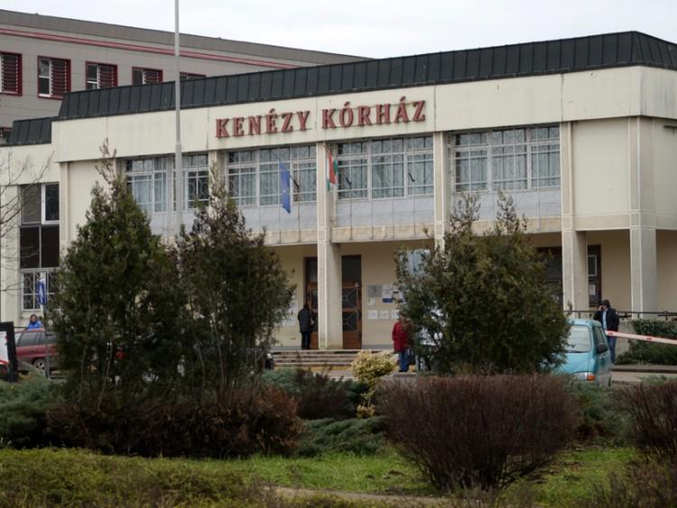Újabb tilalom a debreceni kórházban