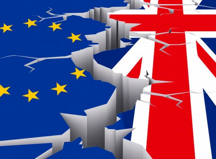 Itt a vége: kilépett az Egyesült Királyság az EU-ból