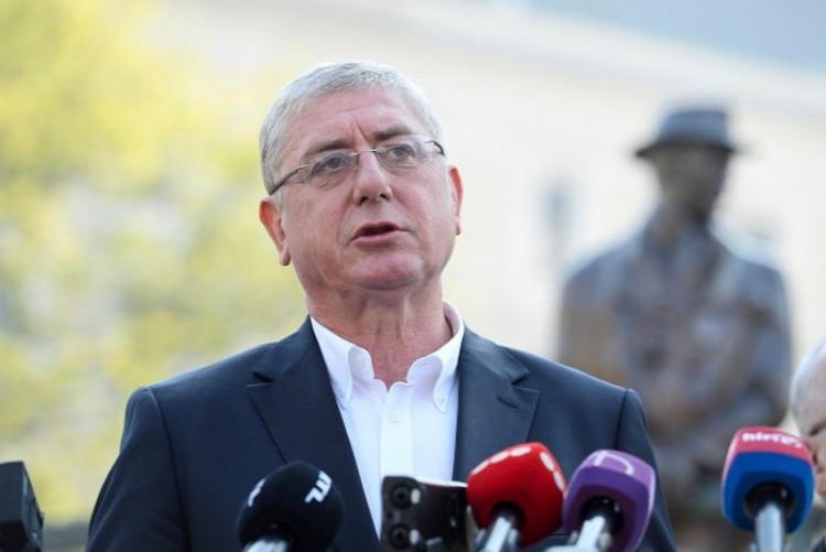 Gyurcsány kétmilliárd forintja iránt érdeklődik a Fidesz