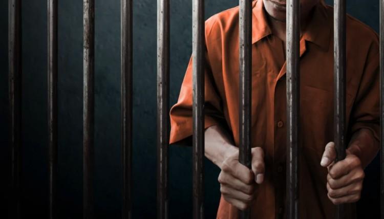 A börtönviszonyok miatti kifizetéseket azonnal leállítják