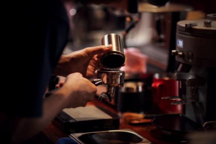 Kávézó nyílik és új lelátó épül Hortobágyon