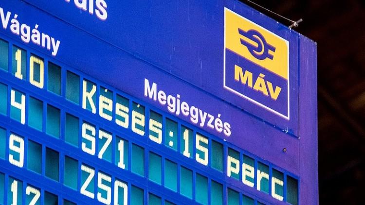 Késésekre kell számítani a debreceni vasútvonalon