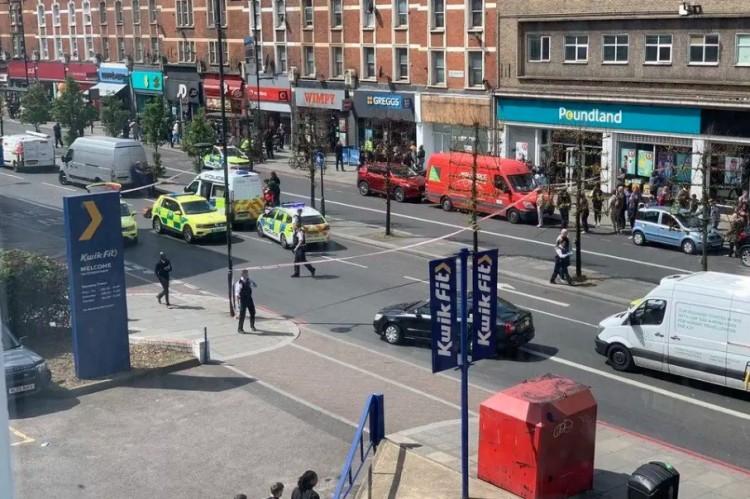 Késeléses támadás Londonban