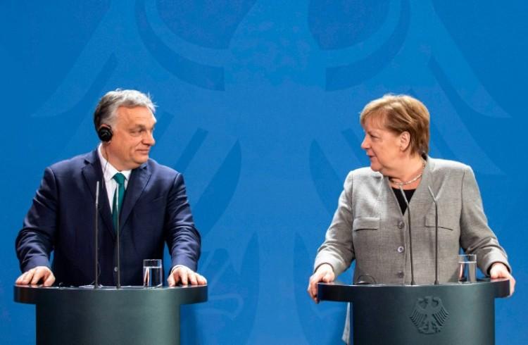 Angela Merkel Magyarországot dicsérte