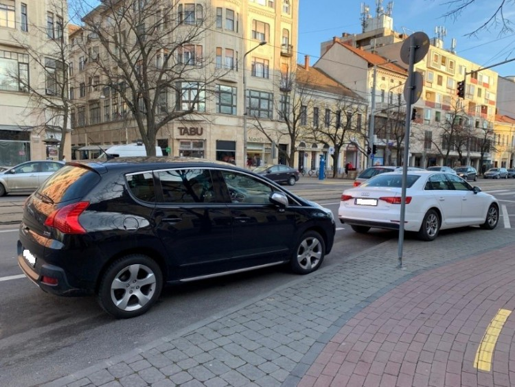 Napi parkolóbajnokok Debrecenben + FOTÓK!
