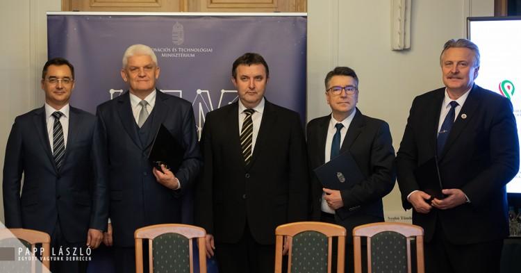 Egy övezetként kezelik Debrecent Miskolccal, Nyíregyházával és Szolnokkal