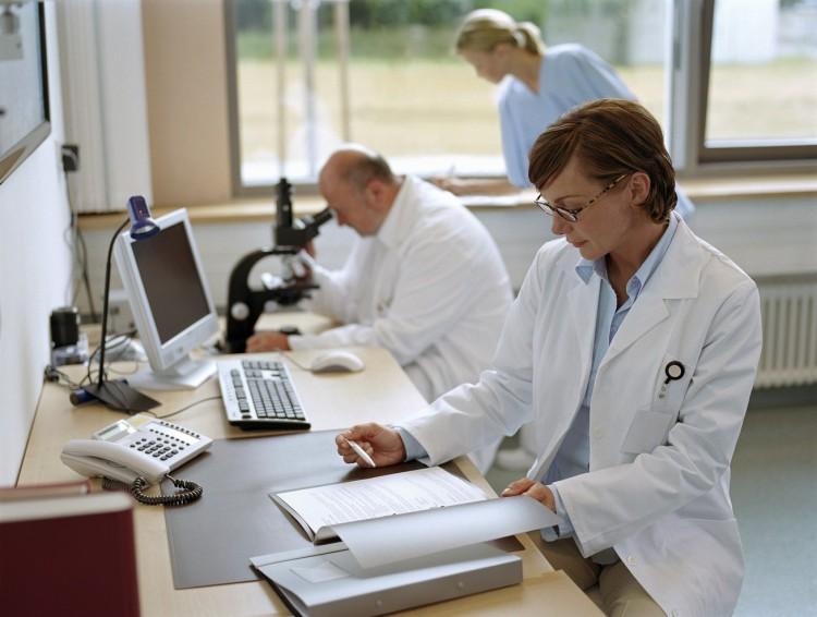 Tizenkettővel emelkedett a regisztrált fertőzöttek száma