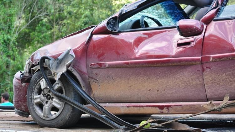 Figyelmetlenség okozta a súlyos balesetet a 4-esen