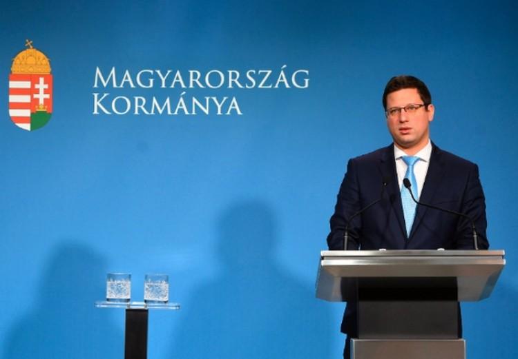 A kormány veszélyhelyzetet hirdetett Magyarország teljes területére