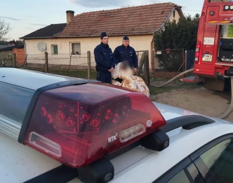 Teljes terjedelmében égett egy ház Debrecenben