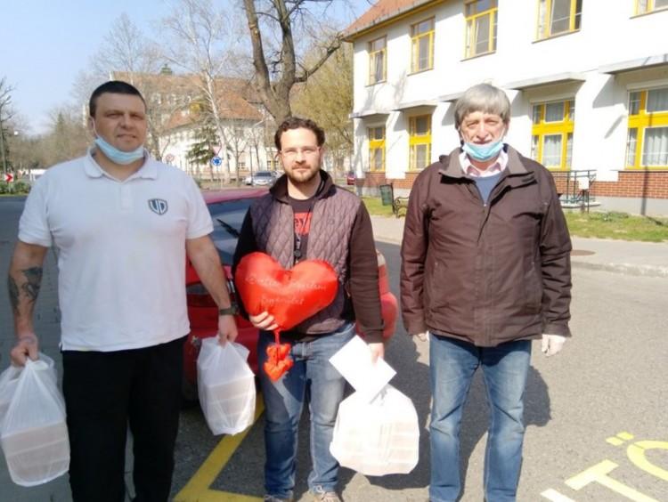 Ők nem maradtak otthon, mert fontos küldetésük van Debrecenben