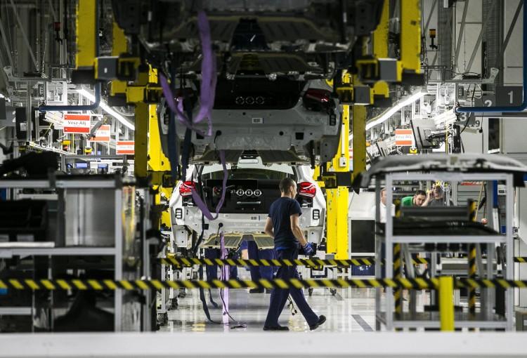 50 milliárdért fejleszt Kecskeméten a Mercedes