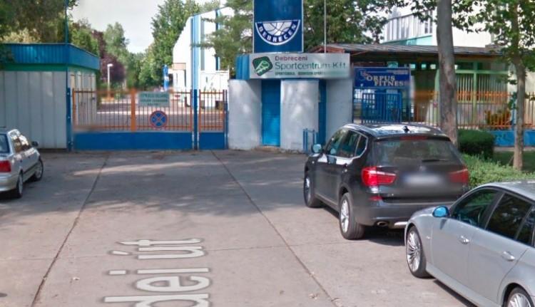 Bezárt az Oláh Gábor utcai sportcentrum Debrecenben!