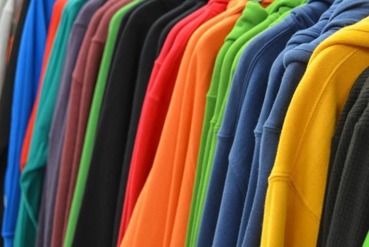 100 milliót érő hamis ruhát foglaltak le Ártándnál