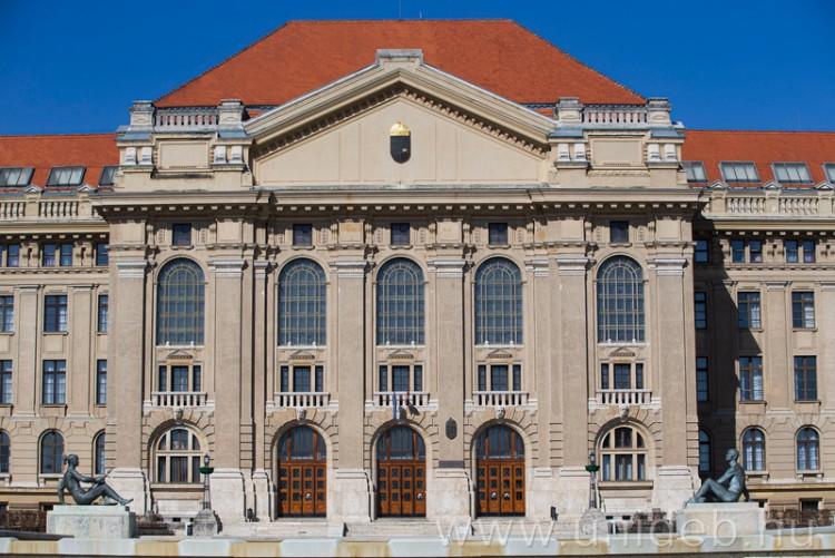 Továbbra is a debreceni az ország második legnépszerűbb egyeteme