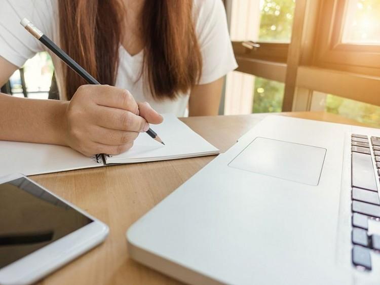 Digitális oktatás: a gyerek online biztonsága a legfontosabb