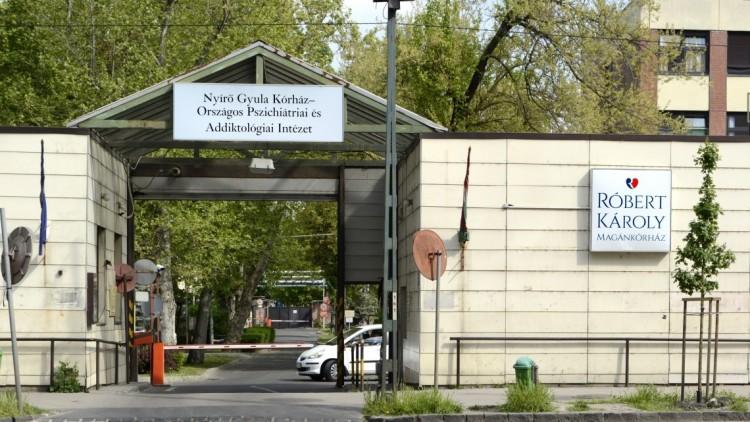 A járvány miatt lezártak egy teljes kórházi osztályt