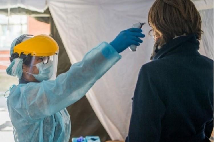 Sürgős felhívás: önkénteseket keresnek a koronavírus elleni harchoz!