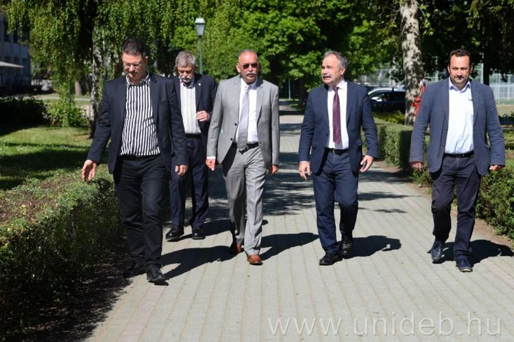 A Debreceni Egyetemre látogatott Nagy István agrárminiszter
