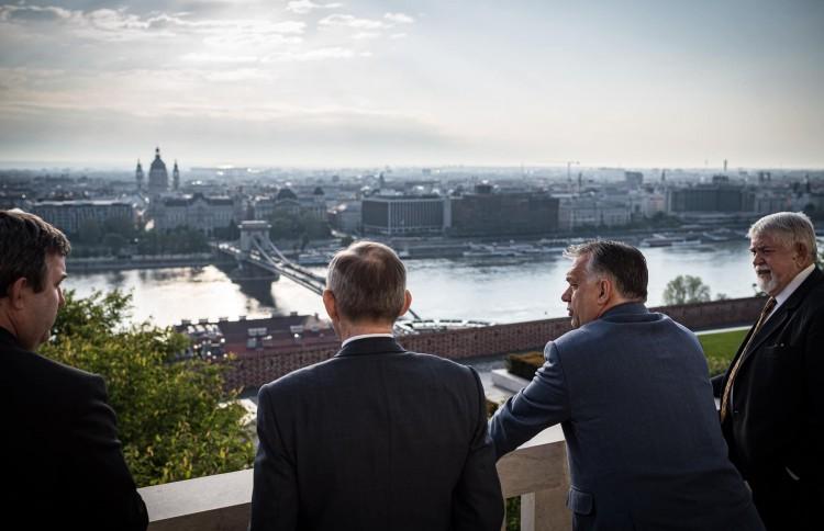 Orbán Viktor szerint ősszel újra támad a vírus