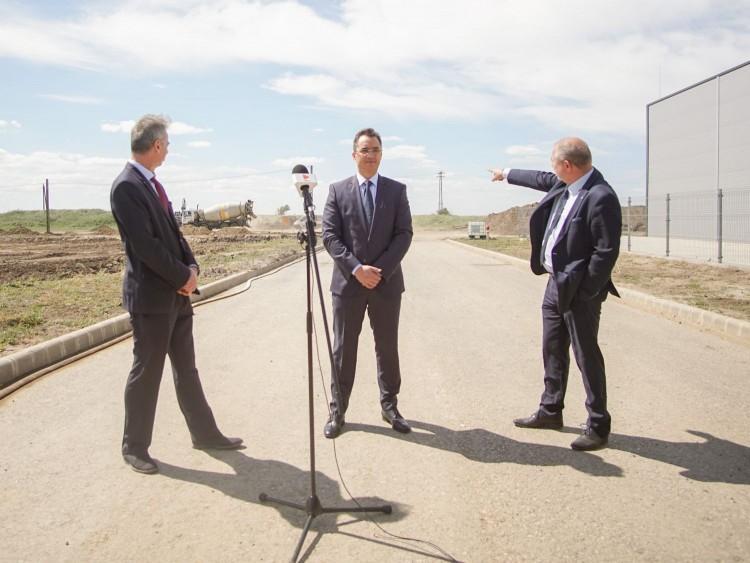 Debrecenben a válsághelyzet ellenére ipari parkot bővítenek