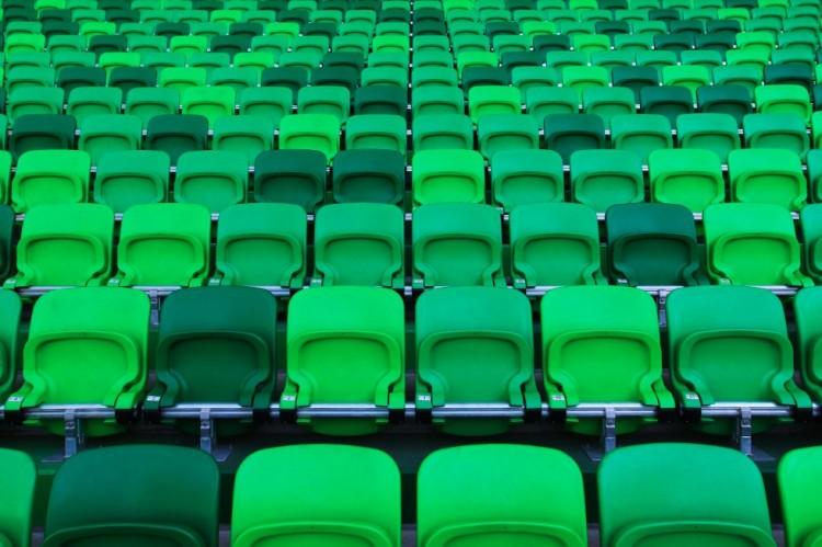 """Több ezer bábu """"kívánja"""" a debreceniek vesztét a Fradi-stadionban"""