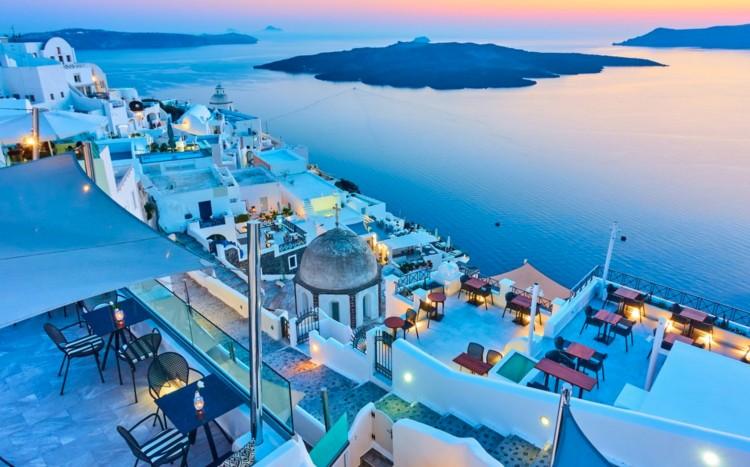 Negatív teszttel bárki tervezhet görög nyaralást