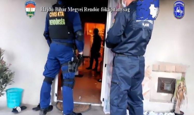 Derecskei családot vettek őrizetbe