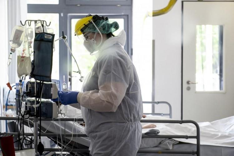 A fővárosban fogják kezelni az összes új, súlyos koronavírusos beteget