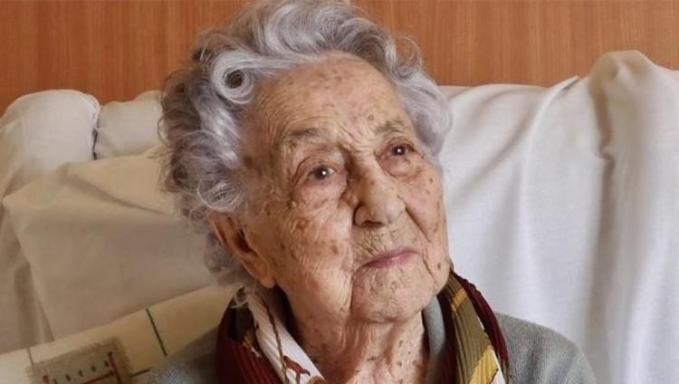 Egy 113 éves spanyol nő legyőzte a koronavírust