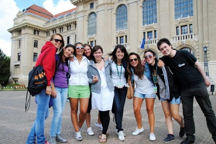 Rendhagyó oktatás lesz a Debreceni Nyári Egyetemen
