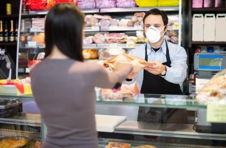 A vírus gyors tempóban távozik, mondja egy olasz virológus