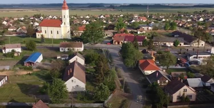 Szent István idején már létezett a hajdú-bihari falu, amelyik videóval ünnepel