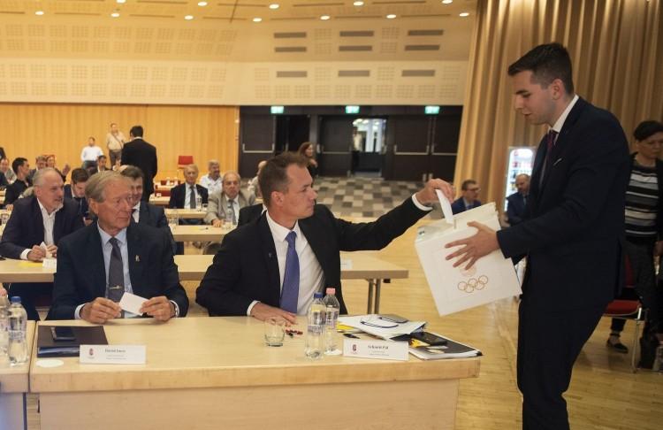 Szavaztak a Magyar Olimpiai Bizottság elnökéről