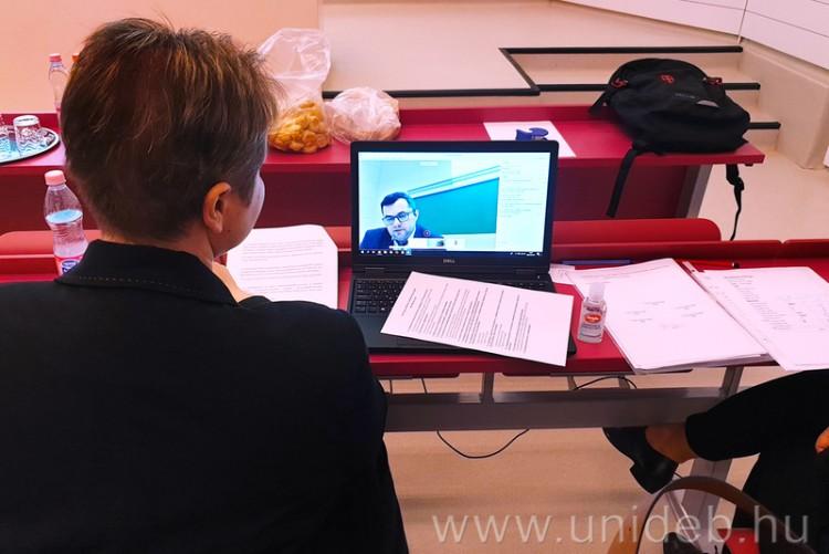 Tizenegy mérnöktanár végzett a Debreceni Egyetemen