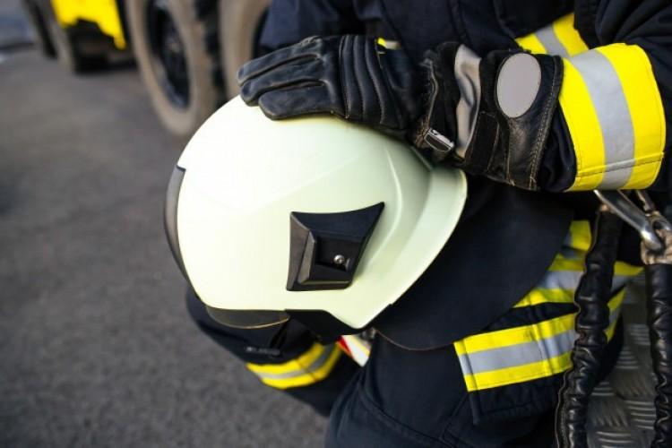 Tűz egy püspökladányi társasházban