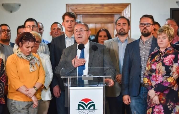 Orbán Viktor barátai taroltak a szerbiai választáson