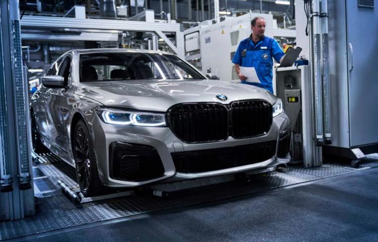 A BMW-t súlyos válságba taszította a koronavírus