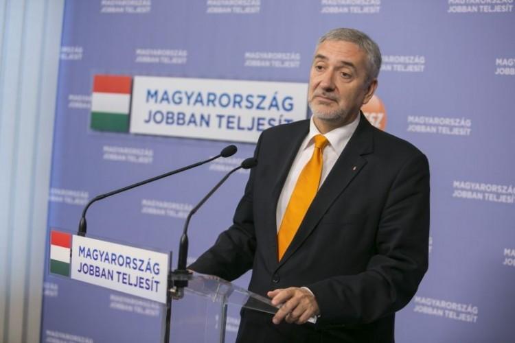 A Fidesz-frakció szóvivője kifakadt a baloldalra