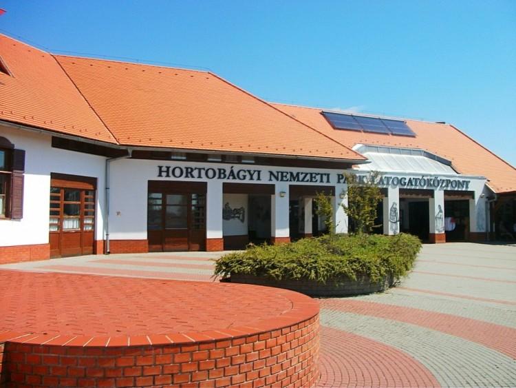108 millióból fejlesztik a látogatóközpontot Hortobágyon