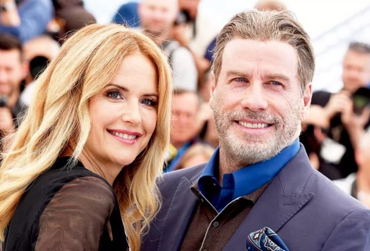 Elhunyt John Travolta felesége