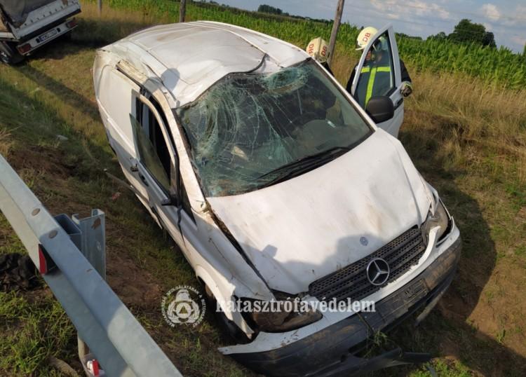 Ketten kerültek kórházba a Bocskaikertnél történt baleset után