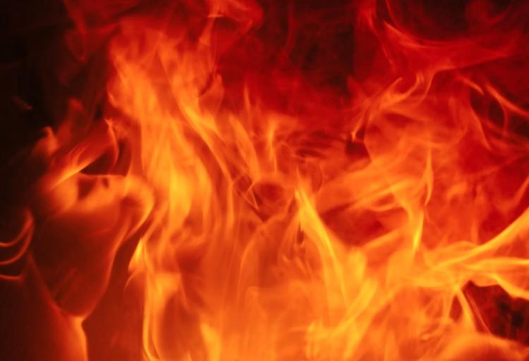 Tűz és leszakadt ágak Debrecenben