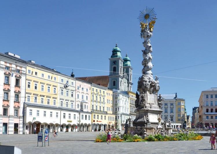 Koronavírus: ismét iskolákat, óvodákat zárnak be Ausztriában