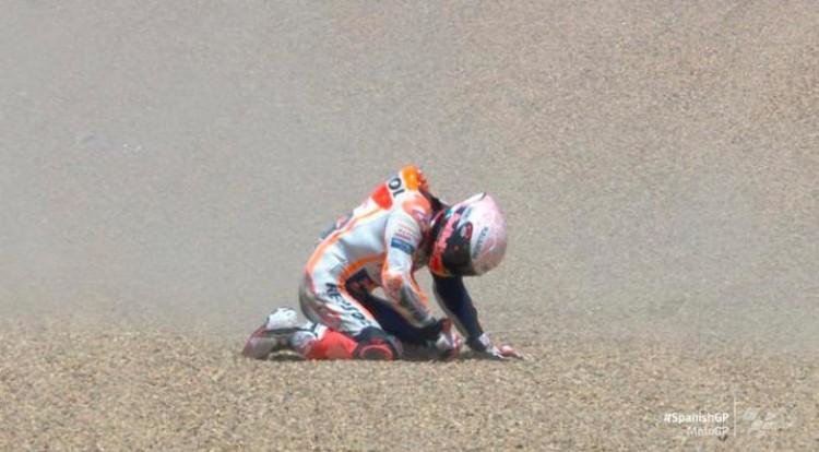 Brutális bukás a MotoGP-ben + Videó!